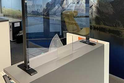Spuckschutz Wand Aufsteller Niesschutz Protect 100 ovaler Ausschnitt
