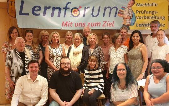 Das Lernforum-Team in Burladingen deckt ein großes Spektrum von Schulformen und Fächer ab