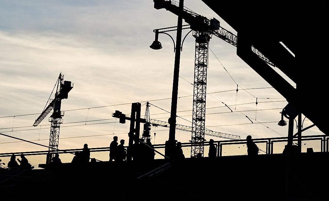 Warschauer Brücke - S-Bahnhof - ankofoto